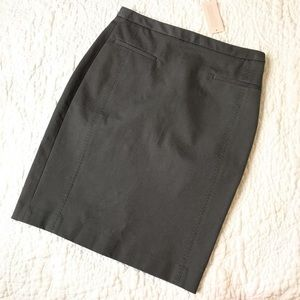 Banana Republic charcoal skirt, NWT!